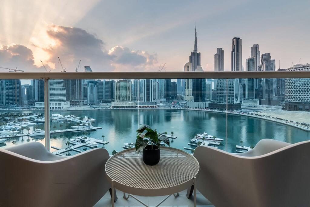 GuestReady - Superb Apartment with Exquisite Water Views Dubai